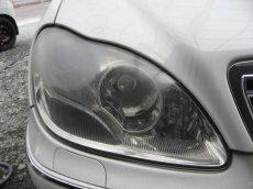 画像3: ■施工例■ メルセデスベンツ(W220) ヘッドライトの劣化・くすみ・黄ばみ除去+コーティング (3)