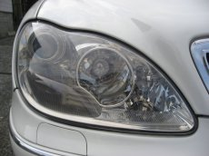 画像4: ■施工例■ メルセデスベンツ(W220) ヘッドライトの劣化・くすみ・黄ばみ除去+コーティング (4)