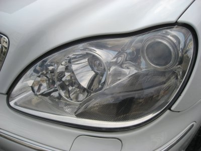 画像2: ■施工例■ メルセデスベンツ(W220) ヘッドライトの劣化・くすみ・黄ばみ除去+コーティング