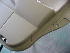 画像1: ■施工例■ ゼロクラウン シートベルトバックルによるドア内張り傷修理 (1)